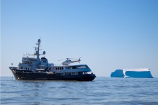 Motor yacht ASTERIA -  Profile with Iceberg
