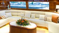 Motor yacht AUSPRO -  Salon seating