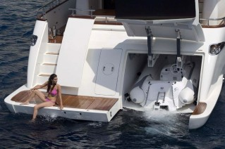 Motor yacht Anassa -  Swim Platform and Tender