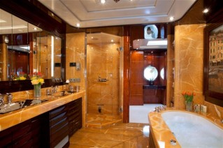 Motor yacht DREAM -  Master Ensuite