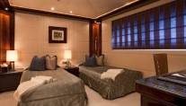 Motor yacht DREAM -  Twin Cabin