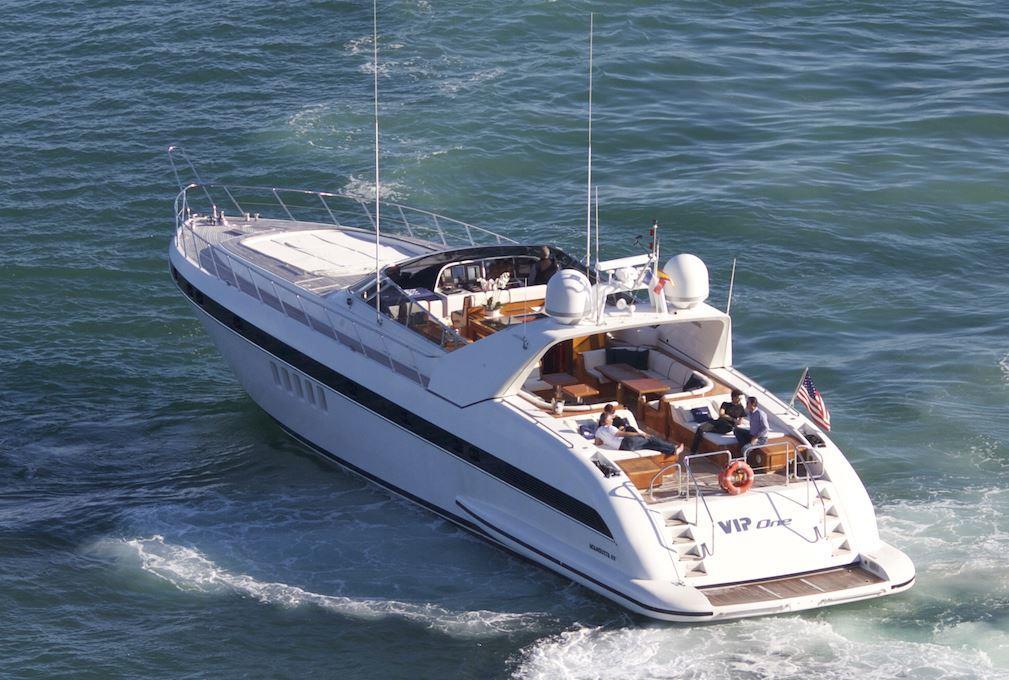 el vip one yacht charter details mangusta overmarine. Black Bedroom Furniture Sets. Home Design Ideas