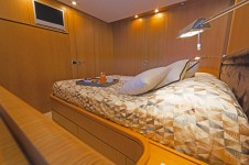Motor yacht FOS - Guest cabin