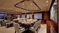 Motor yacht Finish Line - Dining