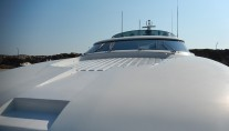 Motor yacht IF -  Bow