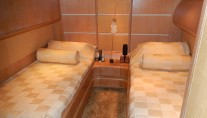 Motor yacht IF -  Twin Cabin