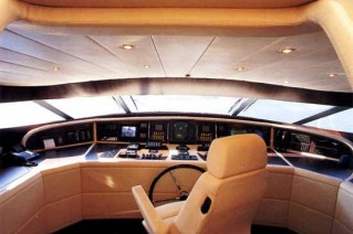 Motor yacht IF - Bridge deck