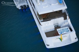 Motor yacht ISLAND TIME -  View of Spa Pool from above
