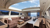 Motor yacht KAWAI -  Salon with retractable sunroof