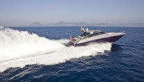 Motor yacht LULU -  Cruising at speed