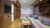 Motor yacht LULU -  Lower Salon