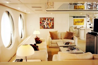Motor yacht Lady Arraya -  Salon Seating