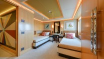 Motor yacht Majesty 155 - Twin Guest Stateroom