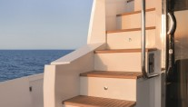 Motor yacht NORTH STAR - Stairs to Flybridge