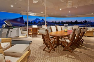 Motor yacht OHANA -  Bridge Deck Al Fresco Dining