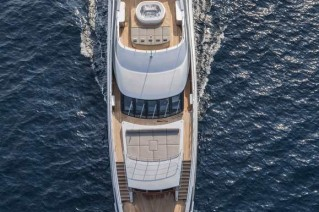 Motor yacht Panthera from above