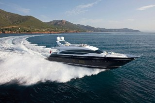 Motor yacht Princess 82 - Running-001