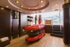 Motor yacht QM OF LONDON - beach club storage for water toys
