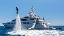 Motor yacht QM OF LONDON - water toys