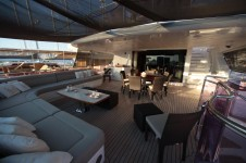 Motor yacht QUEST R - UPPER DECK aft seating