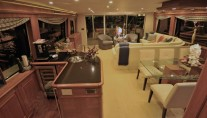 Motor yacht REFLECTIONS - Salon
