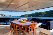 Motor yacht REVE D OR 46M - Aft deck dining