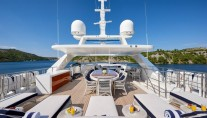 Motor yacht REVE D OR 46M - Sundeck with dining