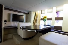 Motor yacht SAPORE DI SALE - Master Cabin Seating