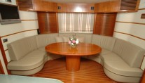 Motor yacht SWEET TITI -  Lower Salon