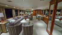 Motor yacht Sea Bear Main Saloon