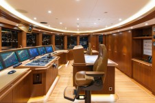 Motor yacht Solandge - Wheelhouse - Photo by Klaus Jordan