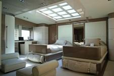 Motor-Yacht-NOOR-Master_cabin_1_low-650x435