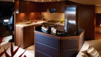 Motoryacht Manhattan 70 - Galley