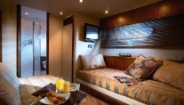 Motoryacht Manhattan 70 by Sunseeker - Twin Cabin
