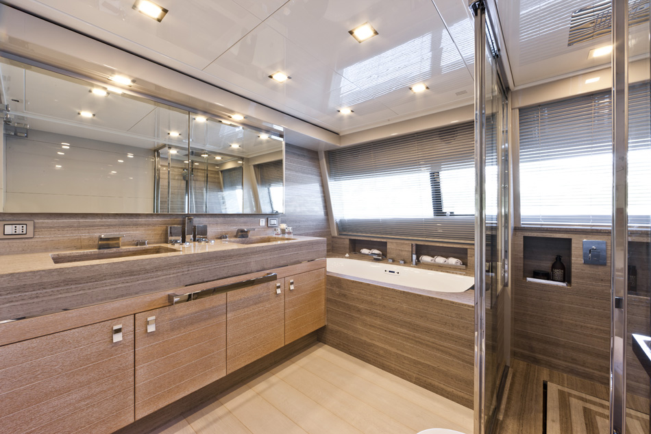 Yacht ziacanaia a custom line by ferretti superyacht for G ferretti bathroom