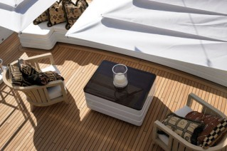 NATORI - Sundeck Seating