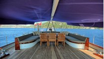 Nautilus - Aft deck alfresco dining
