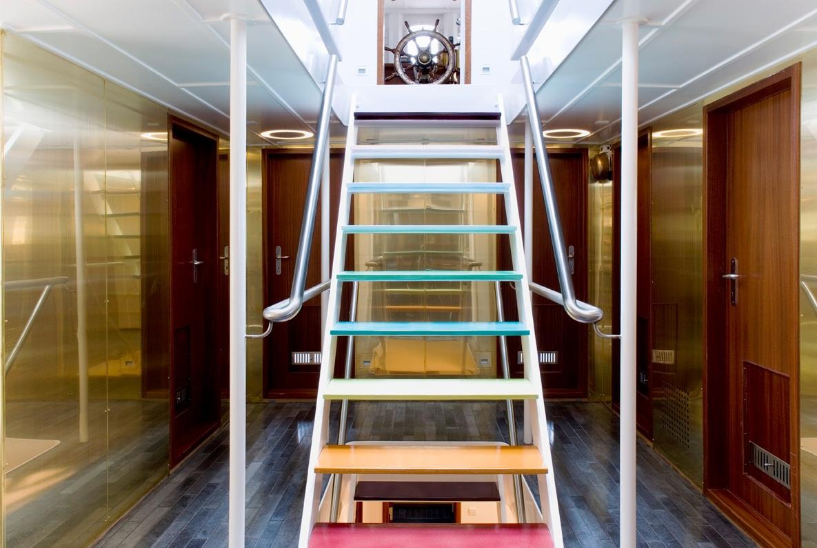 Foyer Luxury Yacht : Classic navigator foyer luxury yacht