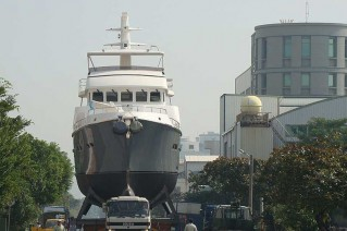 Nordhavn-76-Motor-Yacht-Sirius-Hull-N7620-Launched
