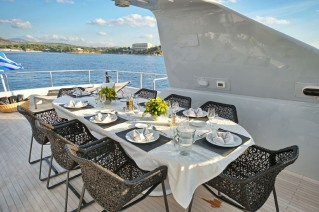 OBSESION - Sundeck dining
