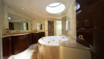ORION -  Owners Bathroom