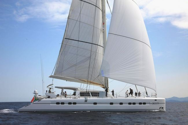 Catamaran ORION