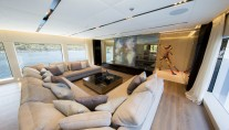 OURANOS YACHT LUXURY SALOON