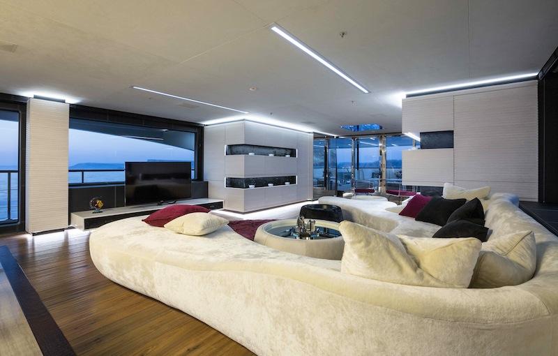 Motor yacht ocean paradise hull fb 263 a benetti for Maison de luxe interieur