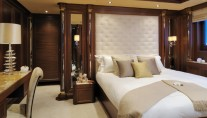 One of the staterooms of the Hakvoort Motor Yacht Mirgab VI