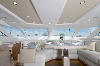 Oyster 885 Yacht CLARE -  Salon Dining