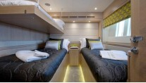 Oyster 885 Yacht CLARE -  Twin Cabin