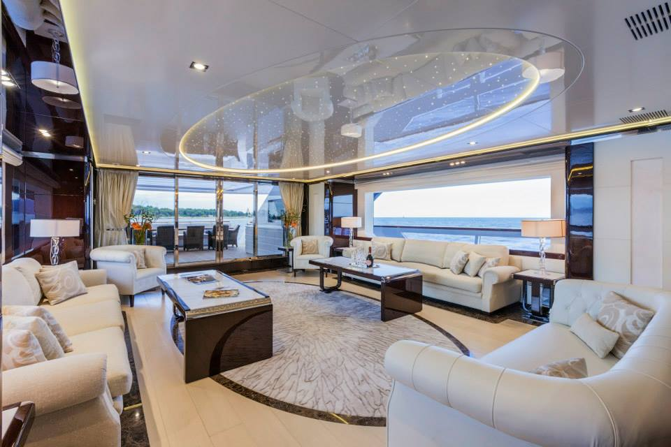 Yacht param jamuna iv a rossinavi superyacht - Salon de luxe en cuir ...