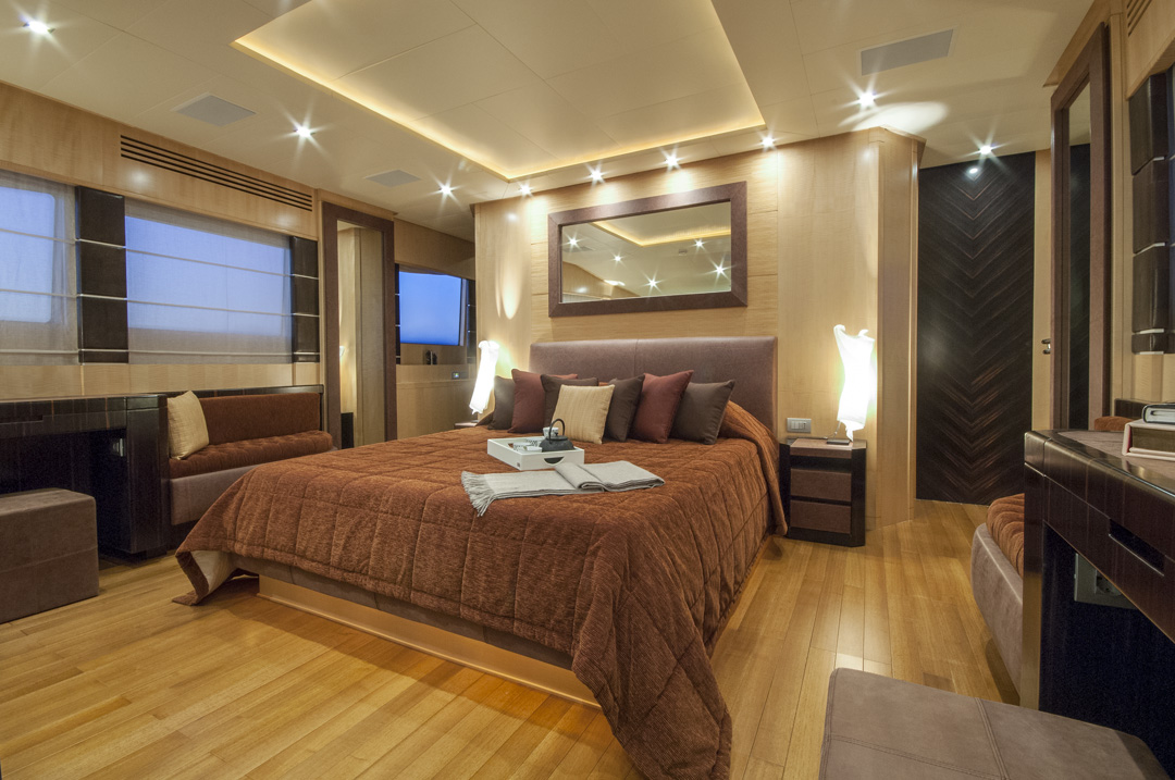 Petra Master Suite 2 Luxury Yacht Browser By Charterworld Superyacht Charter