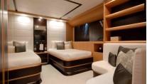 PURE ONE - Twin Cabin
